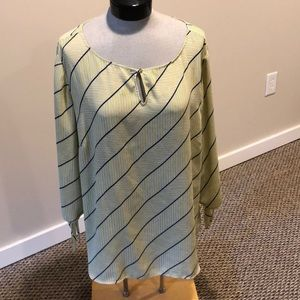 Talbots size 2X yellow blue and white top